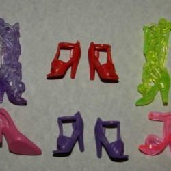6 Paar schoenen voor Barbie etc. - set BU