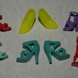 6 Paar schoenen voor Barbie etc. - set CJ