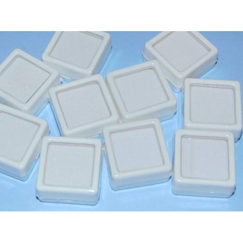 Mineralen showdoosje, wit, 30x30mm, nieuw, met kussentje, 10 stuks