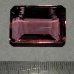 Alexandriet GC - emerald geslepen - 29x20mm