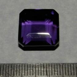 Amethist KK - emerald geslepen - 15,5x15mm