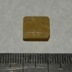Gele Beril GE - emerald geslepen - 10x10mm - met certificaat