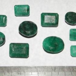 10 Stuks geslepen Smaragd - lot S - 101,0 karaat