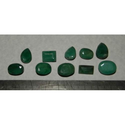 10 Stuks geslepen Smaragd - lot Z - 55,5 karaat