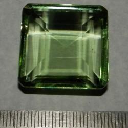 Groene Topaas GGB - emerald geslepen - 25,5x25,5mm