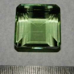 Groene Topaas GGE - emerald geslepen - 24x24mm