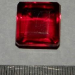 Rode Topaas GRA - emerald geslepen - 18,8x18mm