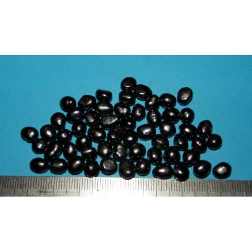 57 Geboorde zwarte Barok Parels - lot N - 96 karaat