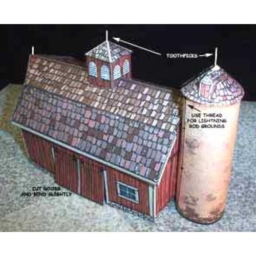 Amerikaanse wagenschuur en silo in Z (1:220)