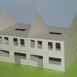 Dubbel woonhuis in aanbouw in N (1:160) - papieren bouwplaat