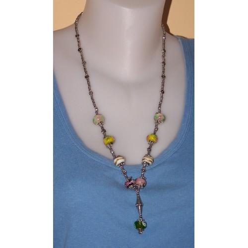 Fleurig lang collier van Tibet zilver en Pandora stijl beads