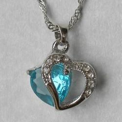 Blauw kristallen hart hangertje, met kettinkje