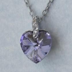 Paars kristallen hart hangertje, met kettinkje