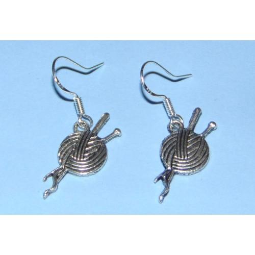 Breiwol oorbellen, Tibet zilver