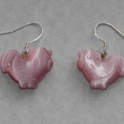 Haantjes oorbellen, roze opaliserend