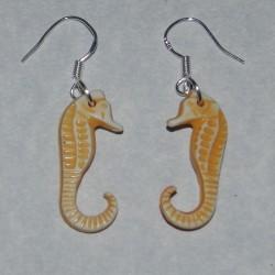 Gele zeepaardje oorbellen