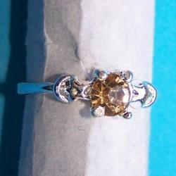 Zilveren ring met barnsteen Swarowski, model I, maat 17,5
