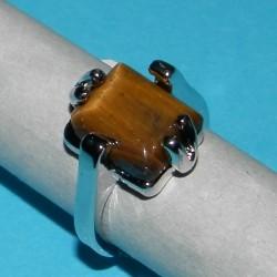 Zilveren ring met Tijgeroog, model M, maat 16