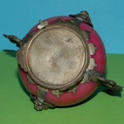 Wierookbrander van roze agaat met Qilin deksel